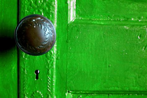 big green door 187 what s the door