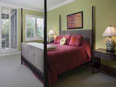 cranberry bedroom 1000 images about bedroom on pinterest maroon bedroom