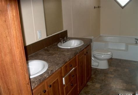 used mobile home bathtubs used 3 bed 2 bath clayton double wide mobile home for sale