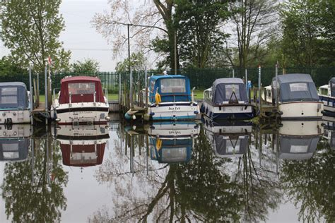 boat mooring options narrowboat moorings guide the fit out pontoon guide to