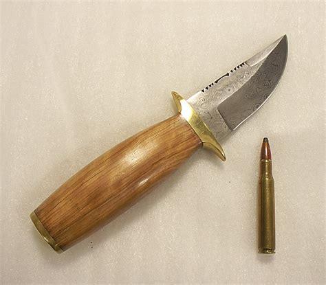 Handmade Skinning Knives - damascus handmade skinning detail bowie knife 1284