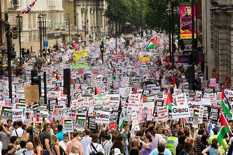 gaza strip boycott israel threats mount  bds calls