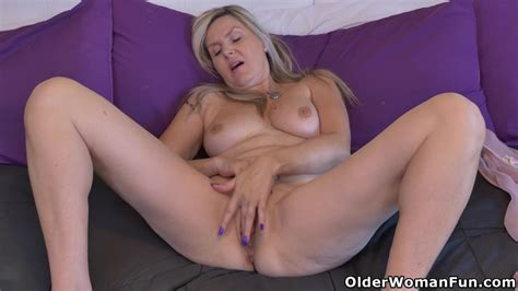 canadian milfs Bianca And Velvet Are Ready For Fun Today milf porn