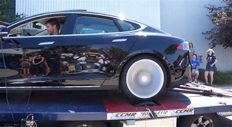 Tesla P85 Torque Tesla Model S On The Dyno Makes Much Torque Egmcartech