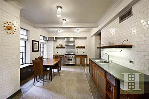Zillow Apartment Nyc Bruce Willis Buys U2 Bassist S New York Apartment Zillow