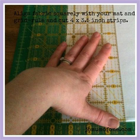 How To Cut Borders For A Quilt by How To Make A Cotbed Quilt For Beginners Step 6 Rotary