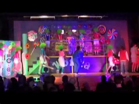 wonka inventing room willy wonka jr part 3 4 cjps may 2014 boat chocolate smelter inventing room
