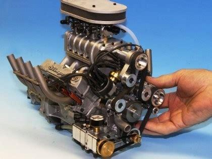 Mesin V8 Mesin V8 Terkecil Di Dunia Bisa Digenggam Tangan