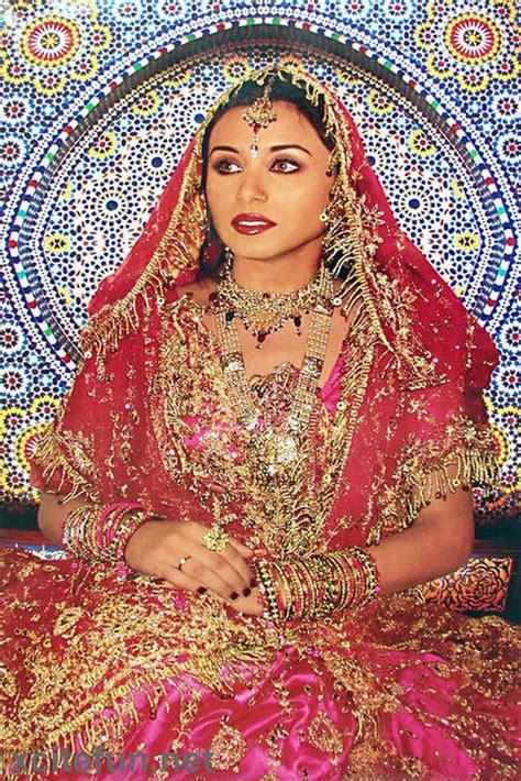 Shadi Picture by Rani Mukherjee Wedding Dress Shadi Pictures