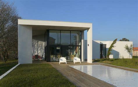 Architecture Interieur Maison by Maison Contemporaine Toit Plat Sur Terrain En Pente