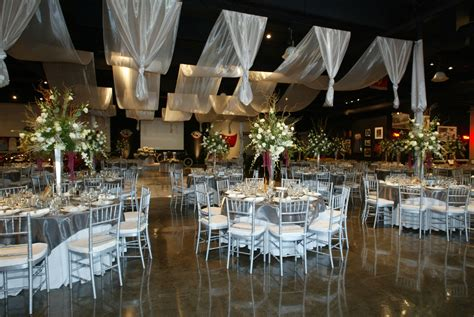 beautiful winter wedding color themes nytexas elegant wedding decoration ideas with round table sets and