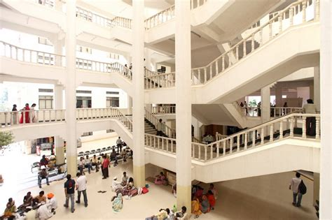 Dy Patil Pimpri Mba Fees by Padmashree Dr Dy Patil College Dpu Pune