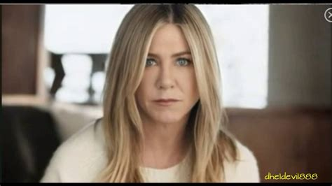 Shoo Zwitsal aniston eye all the best in 2018