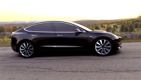 Tesla Model 3 Arrives 215 Of Range 35 000