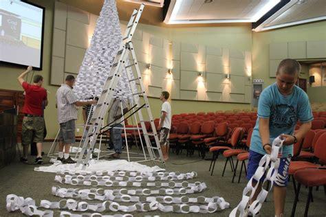 tree links church stage design ideas