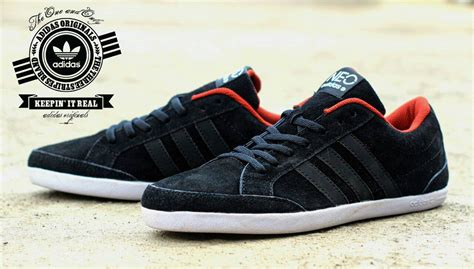 sepatu adidas casual www imgkid the image kid has it