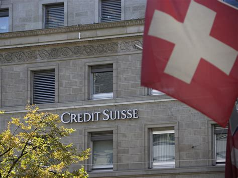 swiss bank swiss banks deal near in tax crackdown justice
