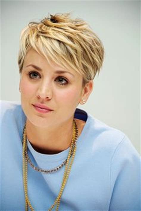 how to get kelly cuoco pixie haircut insructions kaley cuoco with her new pixie cut kaley cuoco tr 228 gt