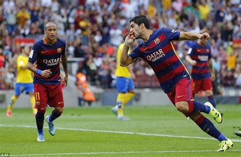 barcelona upcoming matches barcelona 2 1 las palmas luis suarez double takes