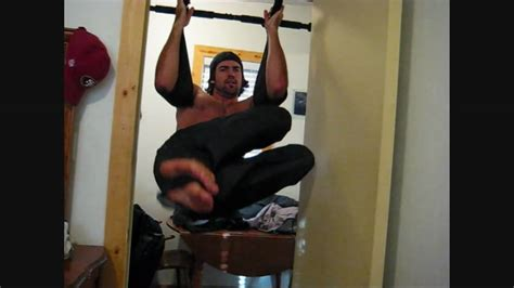 12 killer home ab and back workouts on the pull up bar