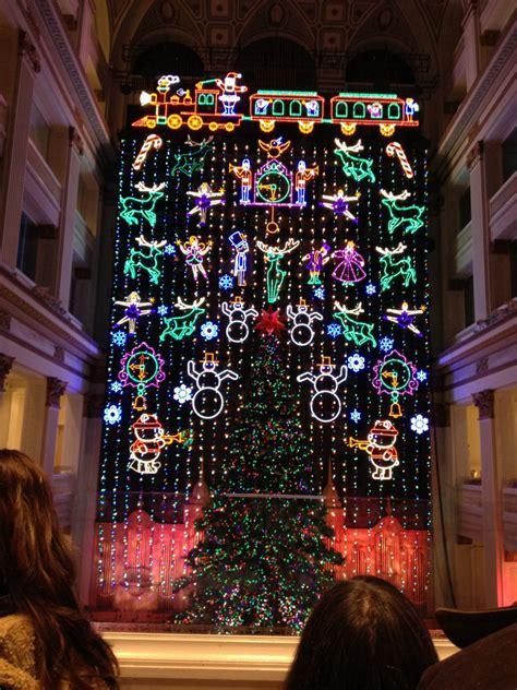 macy s christmas light show philadelphia macy s christmas light show her philly