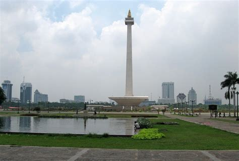 Monumen Nasional Monumen Keagungan Bangsa Indonesia panoramio photo of national monument monumen nasional monas jakarta