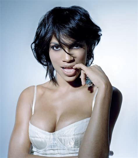 actress rosario dawson rosario dawson nude and sexy pictures http freehotties