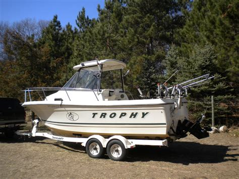 trophy boats us bayliner trophy 2052 fd boat for sale from usa
