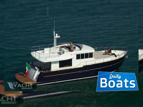 buy a boat maine cantieri estensi maine 530 for sale daily boats buy
