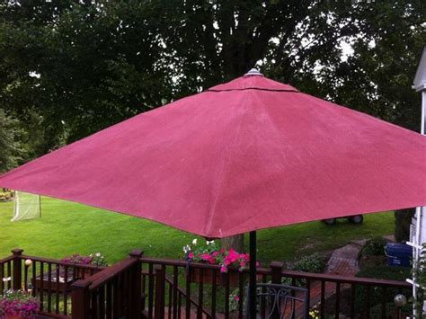 Paint Patio Umbrella We Painted A Patio Umbrella With Chalk Paint 174 The Purple Painted