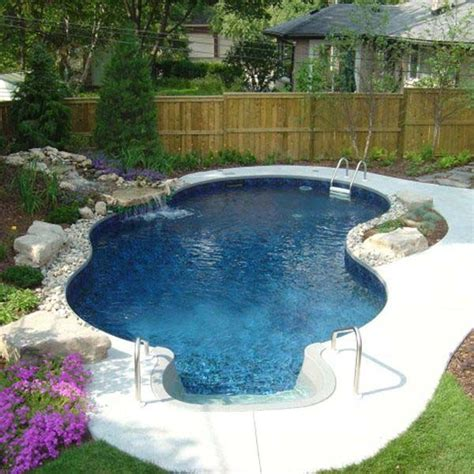 25 best ideas about small backyard pools on