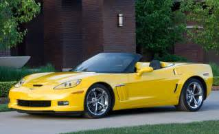 2010 chevrolet corvette grand sport photo