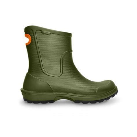 crocs boots crocs crocs wellie army green n53 mens boots
