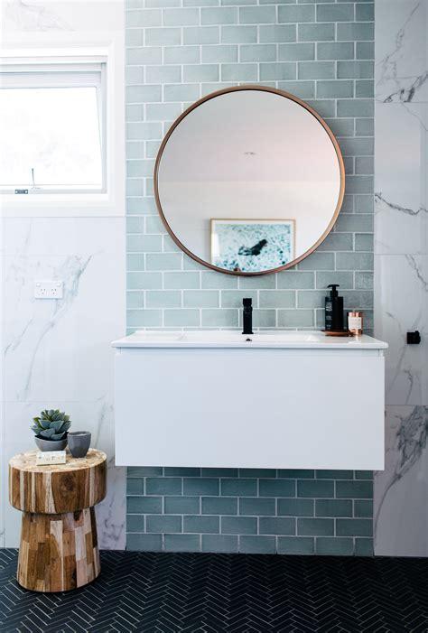 fliesen ein badezimmerwand fliesen im metrostyle ja oder nein alles was du