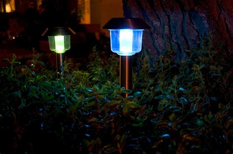 Cheap Lights by 6 Tips On How To Choose Solar Landscape Lighting 171 Your Solar Link
