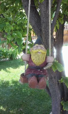 crazy lawn gnomes on pinterest garden gnomes gnomes and gnomes tuinkouberts on pinterest garden gnomes gnomes
