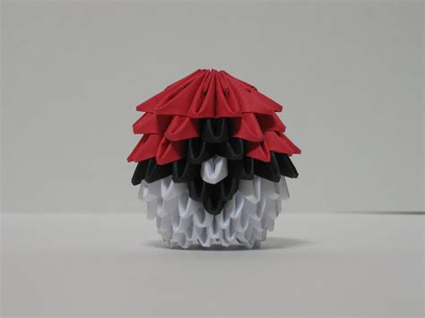 Origami Pokeball - 3 d origami pokeball by pandanpandan on deviantart