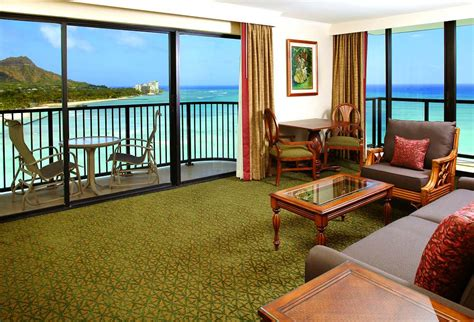 one bedroom apartments oahu outrigger waikiki on the beach oahu reviews pictures