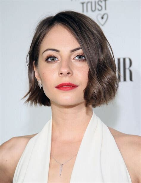 bob haircut curly hair round face 21 trendy hairstyles to slim your round face willa