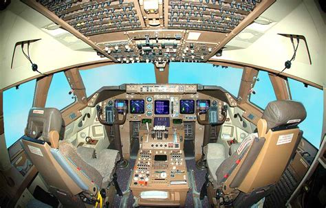 boeing 747 flight deck jerome meriweather s boeing s 747 400 flight deck enlarged