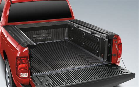 truck bed lining 2013 ram 1500 bed liner 193115 photo 17 trucktrend com