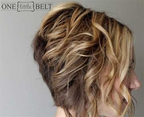 wavy graduated bob 12 short hairstyles for curly hair popular haircuts