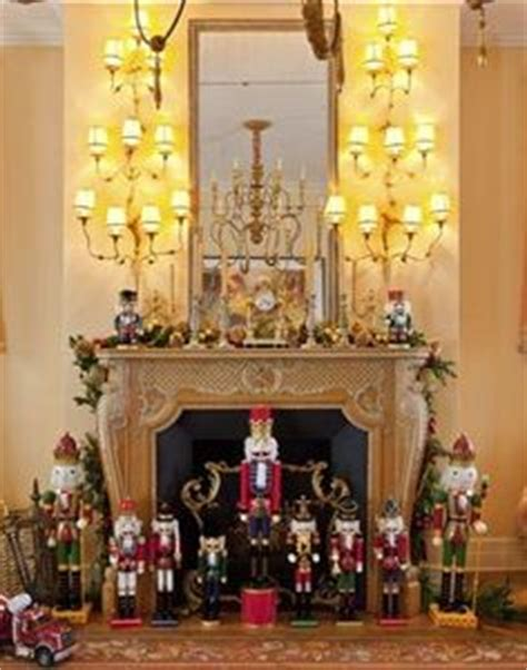 fireplace nutcracker 1000 images about theme nutcrackers on nutcrackers nutcracker