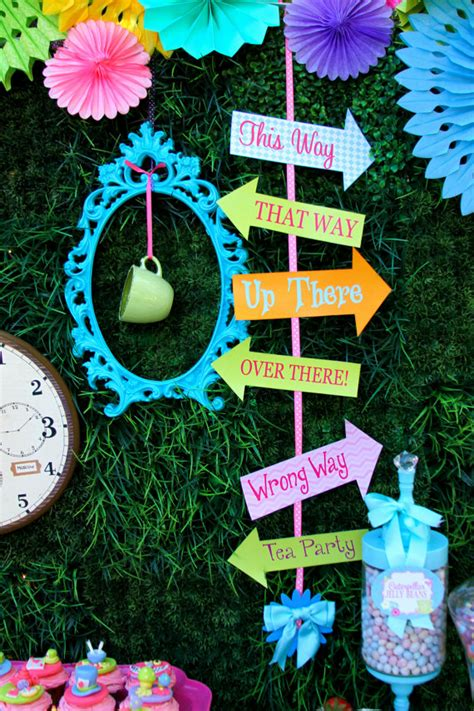 Alice In Wonderland Printable Decorations by Alice In Wonderland Birthday Party Arrow Props By