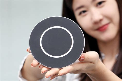 lgs wireless charger beams power   phone  fast