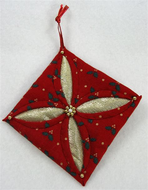 cathedral window quilted christmas ornament 521