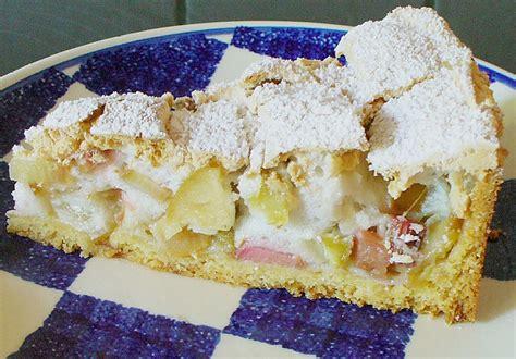 kuchen mit rhabarber rhabarber schmand kuchen mit baiser beliebte rezepte f 252 r