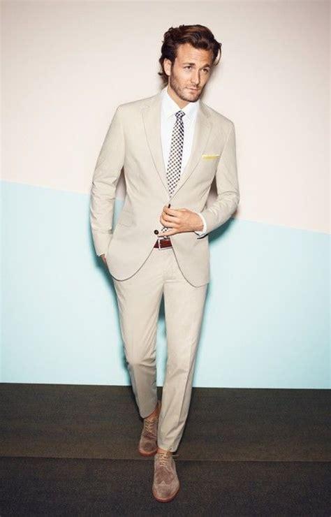 combinaciones con saco blanco de hombre las 25 mejores ideas sobre trajes de color caqui en