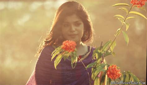 biography films in tamil actress aathmika photos