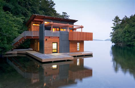 Most Beautiful Kitchen Designs by Floating Homes That Will Make You Want To Live On Water